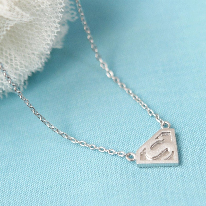 Superman pendant silver necklace