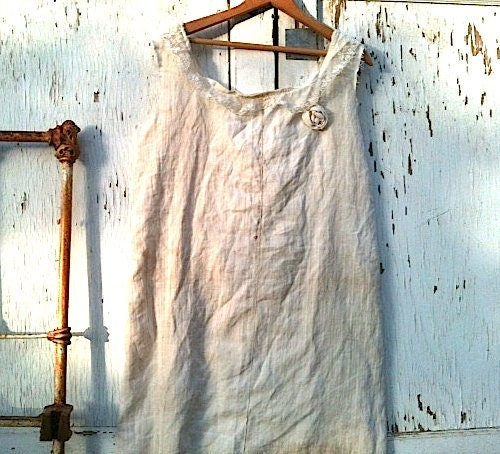 Simple Wedding dress Vintage linen Homespun Dress Bride prairie Wedding Shabby linen vintage lace collar/gypsy girl/rustic - kateblossom