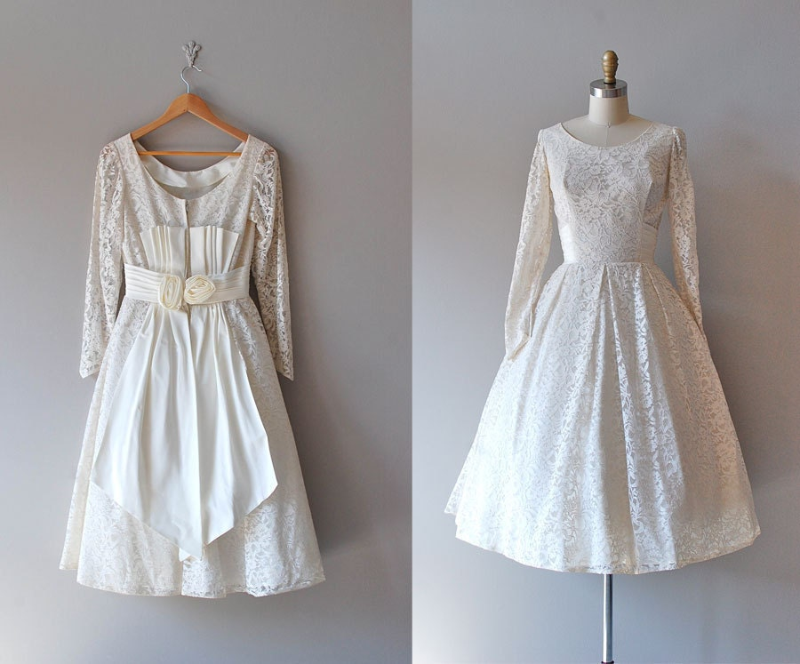 50s lace wedding dress 1950s wedding dress That Magic Moment dress