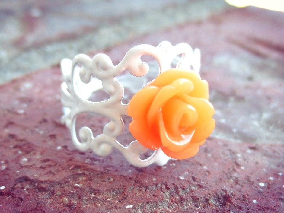 Tangerine Rose White Filigree Ring
