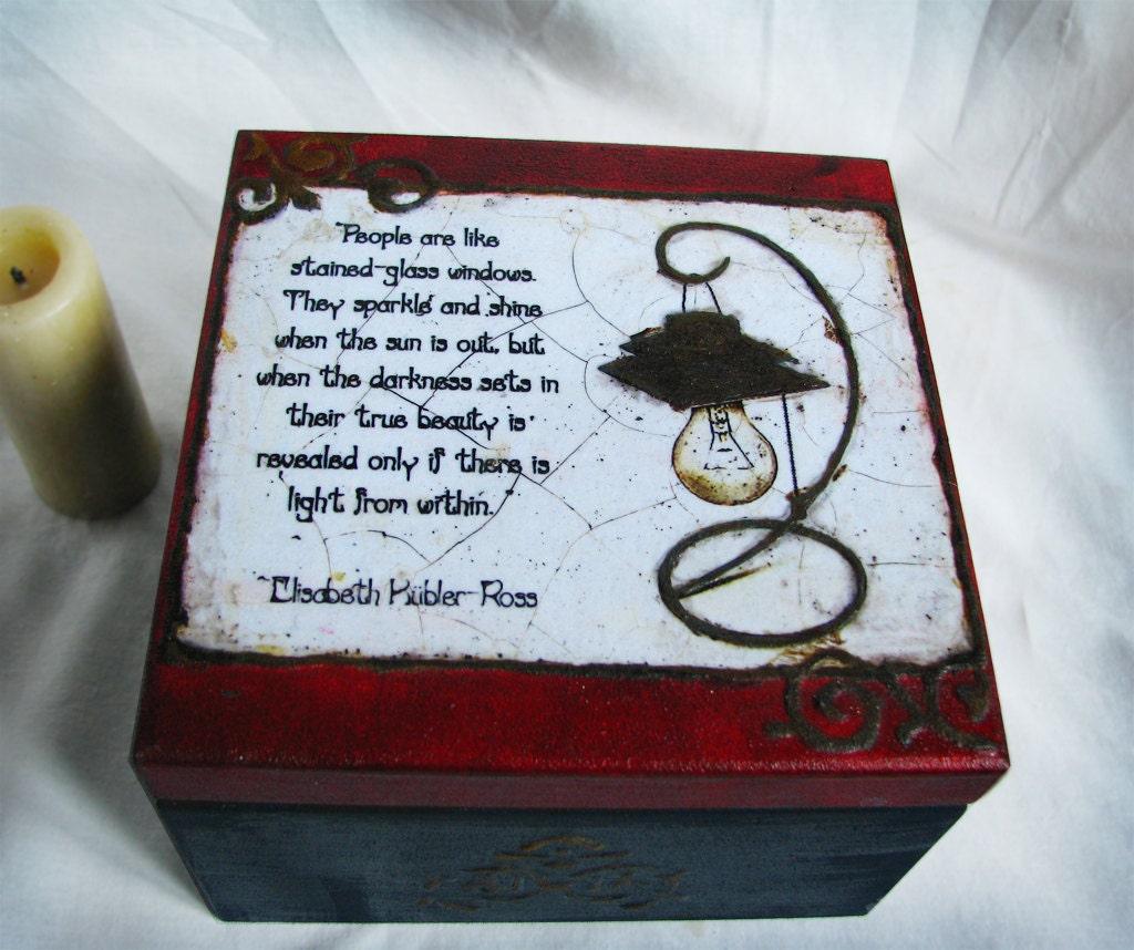 Декоративная коробка с стимпанк лампы для пакетик