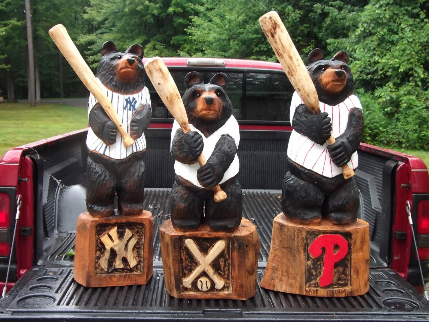 Chainsaw Carved Baseball Bear - carvnstitch