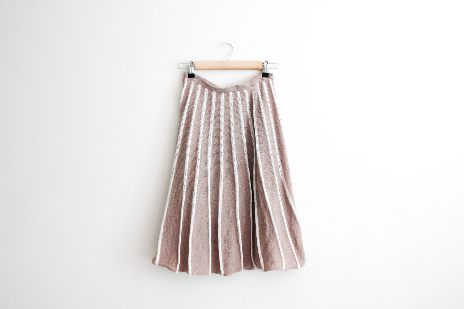 Coffee and cream sweater midi skirt // vintage 70s knit soft taupe skirt