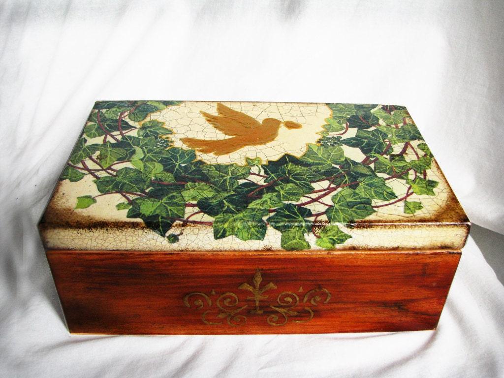 Декоративный свадебный подарок или воспоминания, ящик для хранения плющом и голубь доставки по всему миру