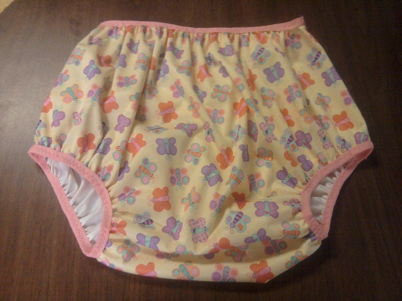 il 75x75.321684770 Fleece Diaper Covers are the