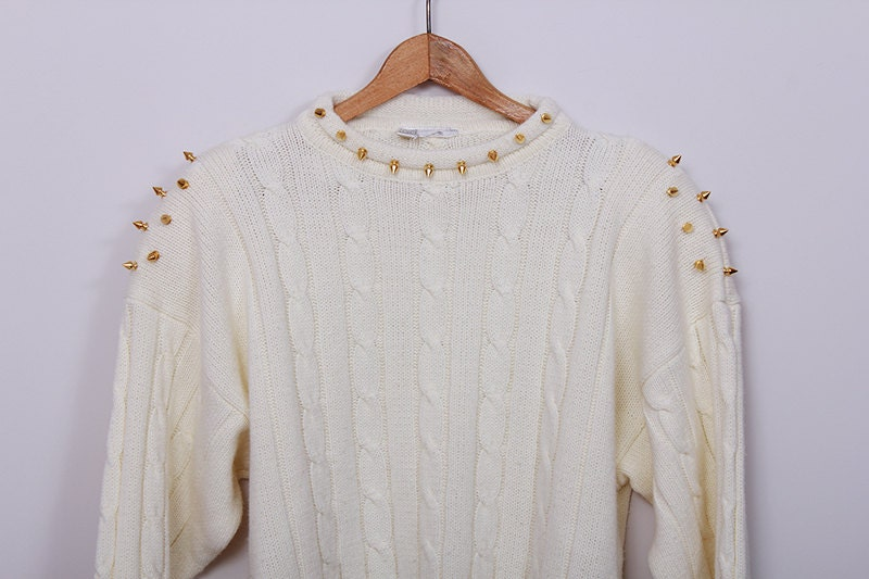 SPIKES Studded Vintage Knitted Creamy Sweater - SORUTHLESS