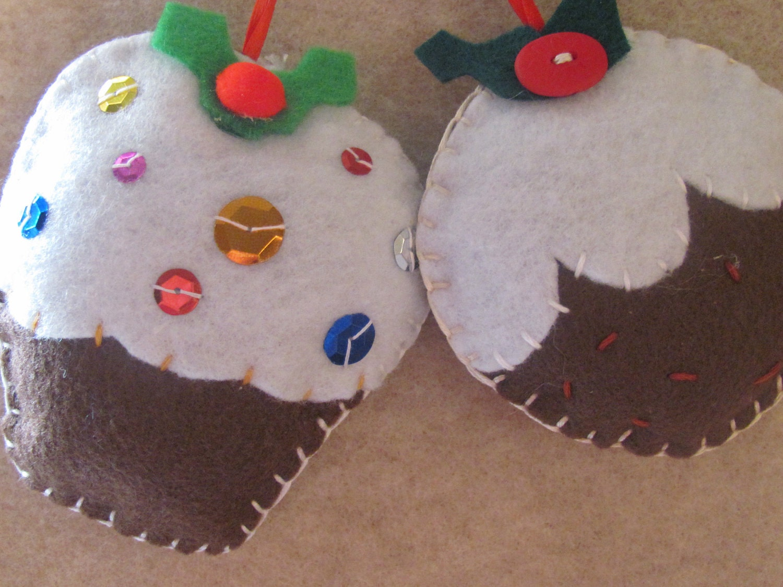 Праздничный войлока Cupcake и Рождественский пудинг