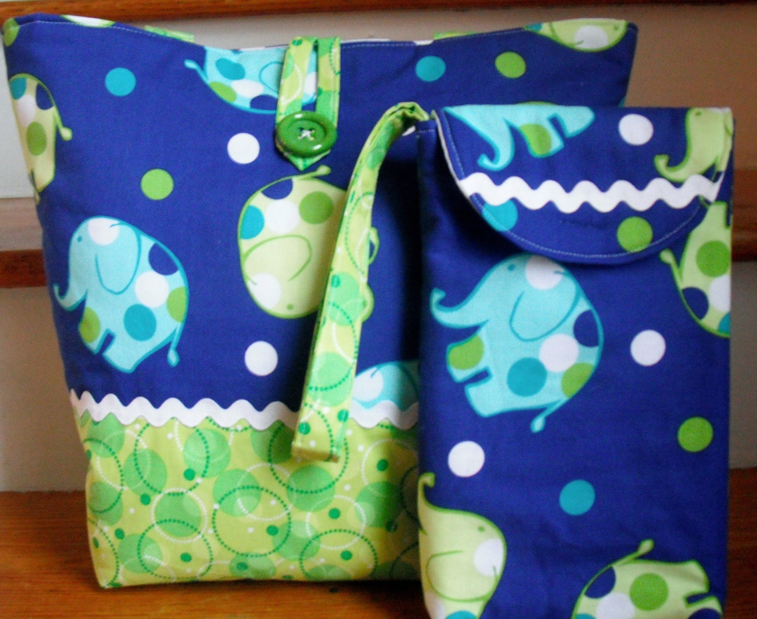 Diaper Bag Set Elephants and Dots - ToteallyBags