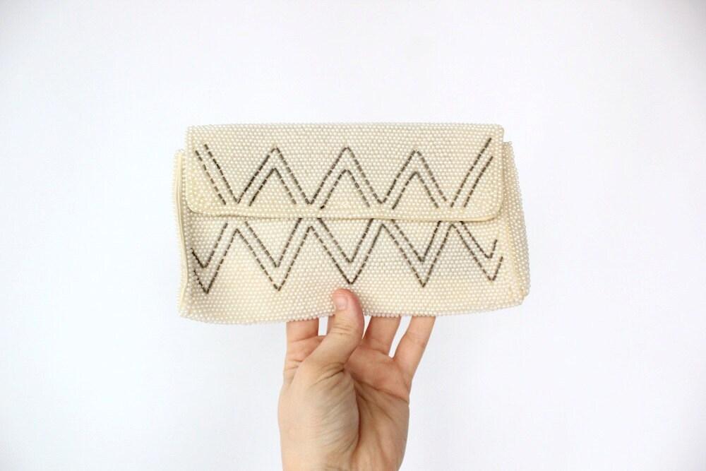 Vintage 60s Ivory Beaded Geometric Zig Zag Clutch // Fancy Handbag Purse