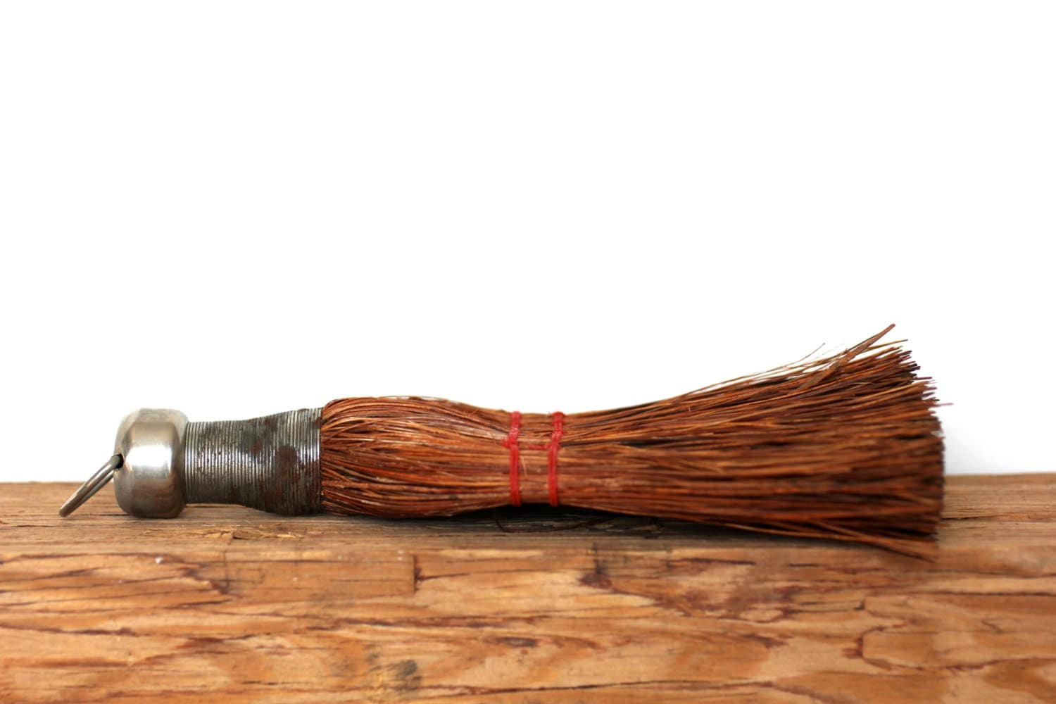 Spring Cleaning - Vintage Whisk Broom - Broom - Brown - Poppy Red - Red - Clean - Chores - Rustic - Bristles - attentionvintage