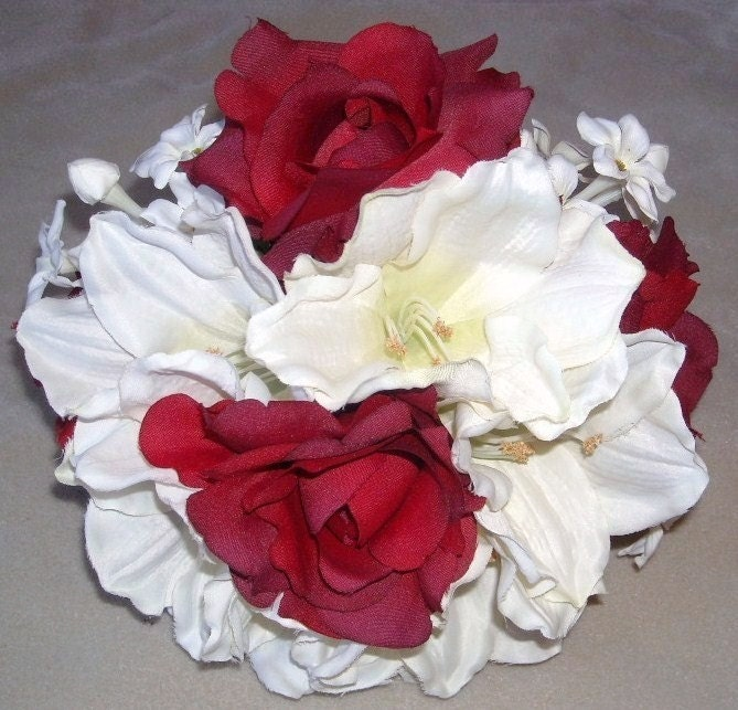 15 Pcs Silk Bridal Bouquet Set Ivory Amaryllis Cherry Fudge Roses