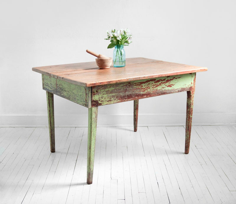 Vintage Wood Farm Dining Table - Mid Century, Modern, Rustic, Shabby Chic - Hindsvik
