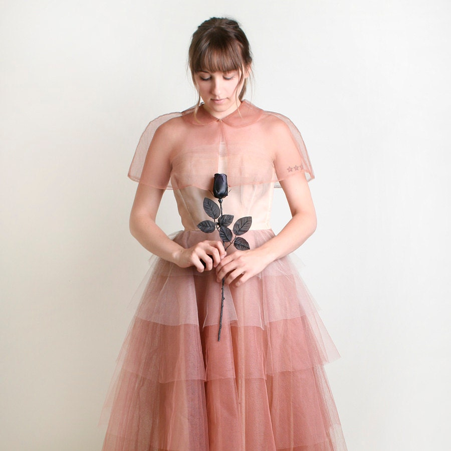 1950s Prom Dress - Vintage Ombre Wedding Gown in Peach and Cocoa Brown - Medium Homecoming Queen - zwzzy