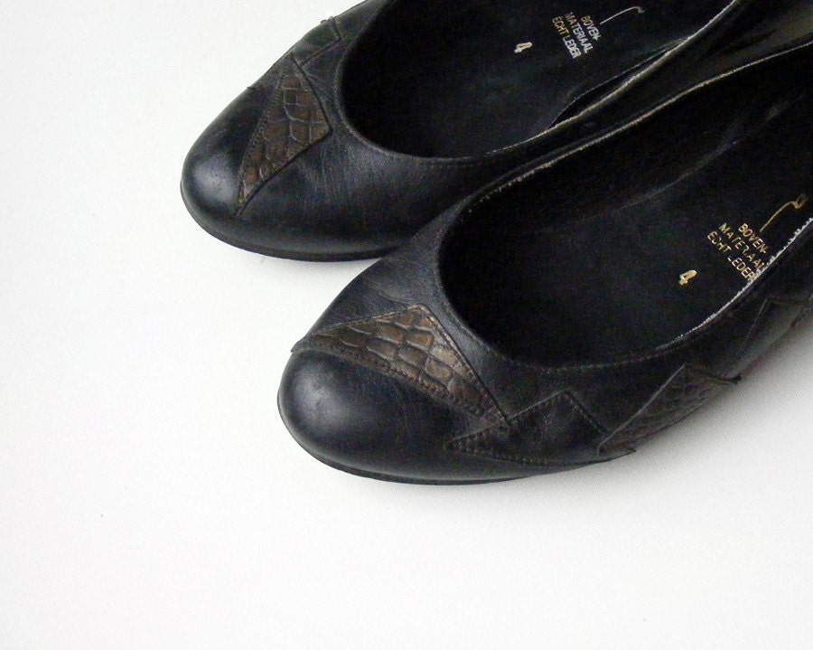 Black genuine leather shoes size 6.5, womens leather flats - plot