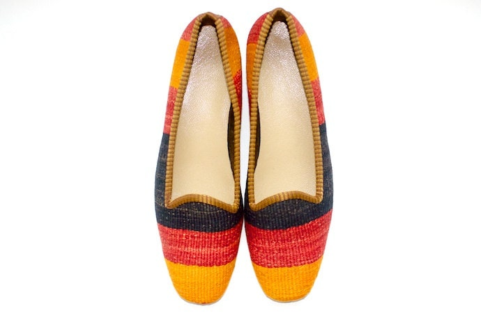 Kilim shoes. Size 38 (US size 7.5) - kilims