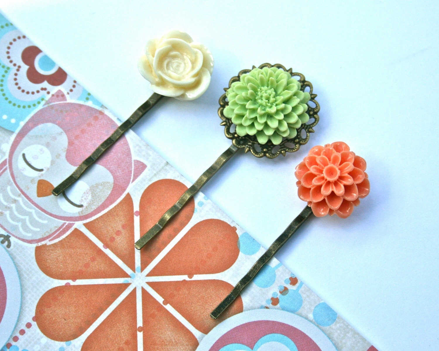 Flower Bobby Pins, Set of 3 (Cream, Green, Coral)