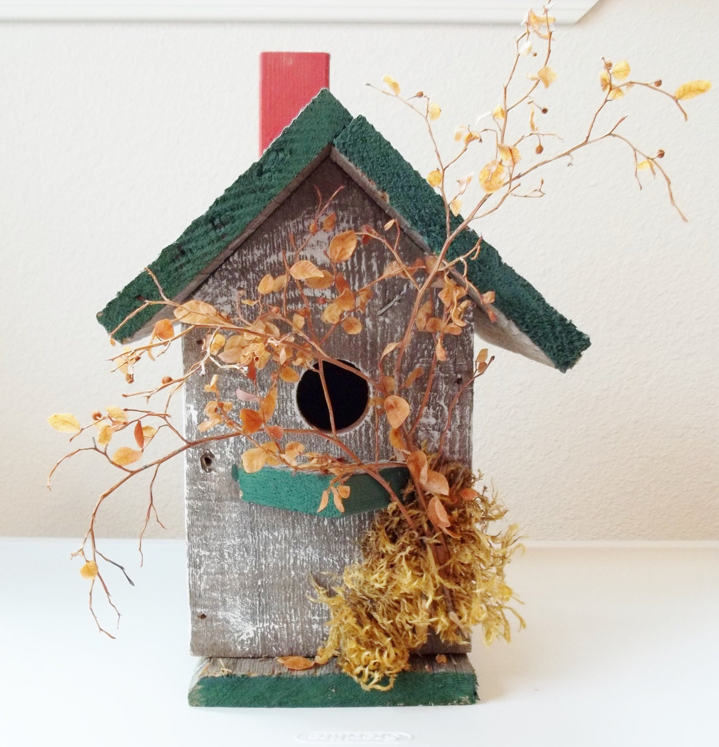 Handcrafted Handpainted Rustic Primitive Birdhouse - paintingwhimsy