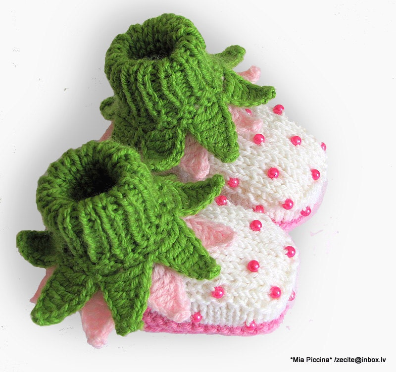 "Baby Booties ""Flowers Fairy Booties"" / size 4-6M"