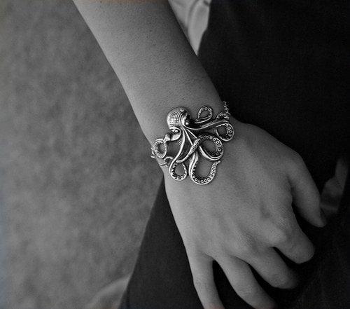Olivia Paige - Rockabilly octopus bracelet - OliviaPaigeClothing