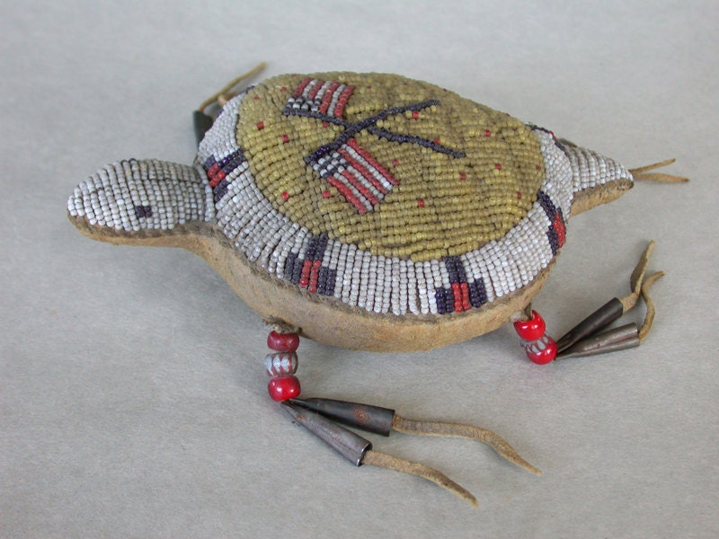 Sioux Beaded Umbilical Cord Turtle Fetish American Flags - OldWestGems