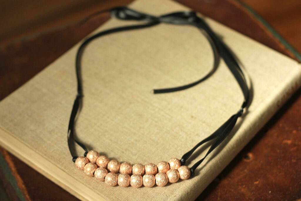 rosegold beaded necklace
