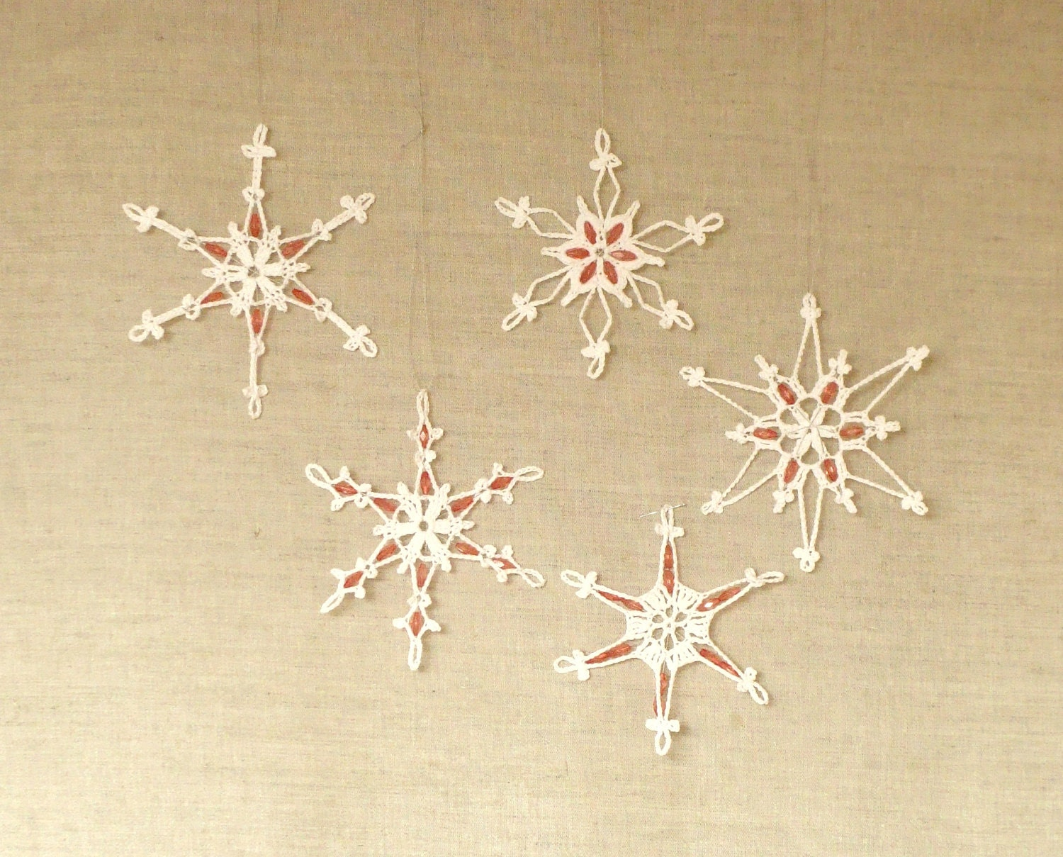 5 Glamorous Lace Crochet Snowflakes with Beads, christmas decorations -   different designs - zolayka