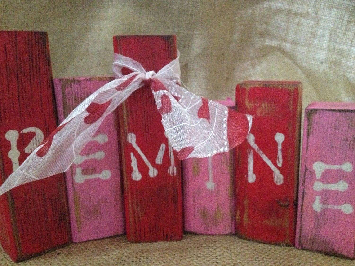 Primitive Valentine Be Mine Wood Shelf Sitter Blocks in Red and Pink