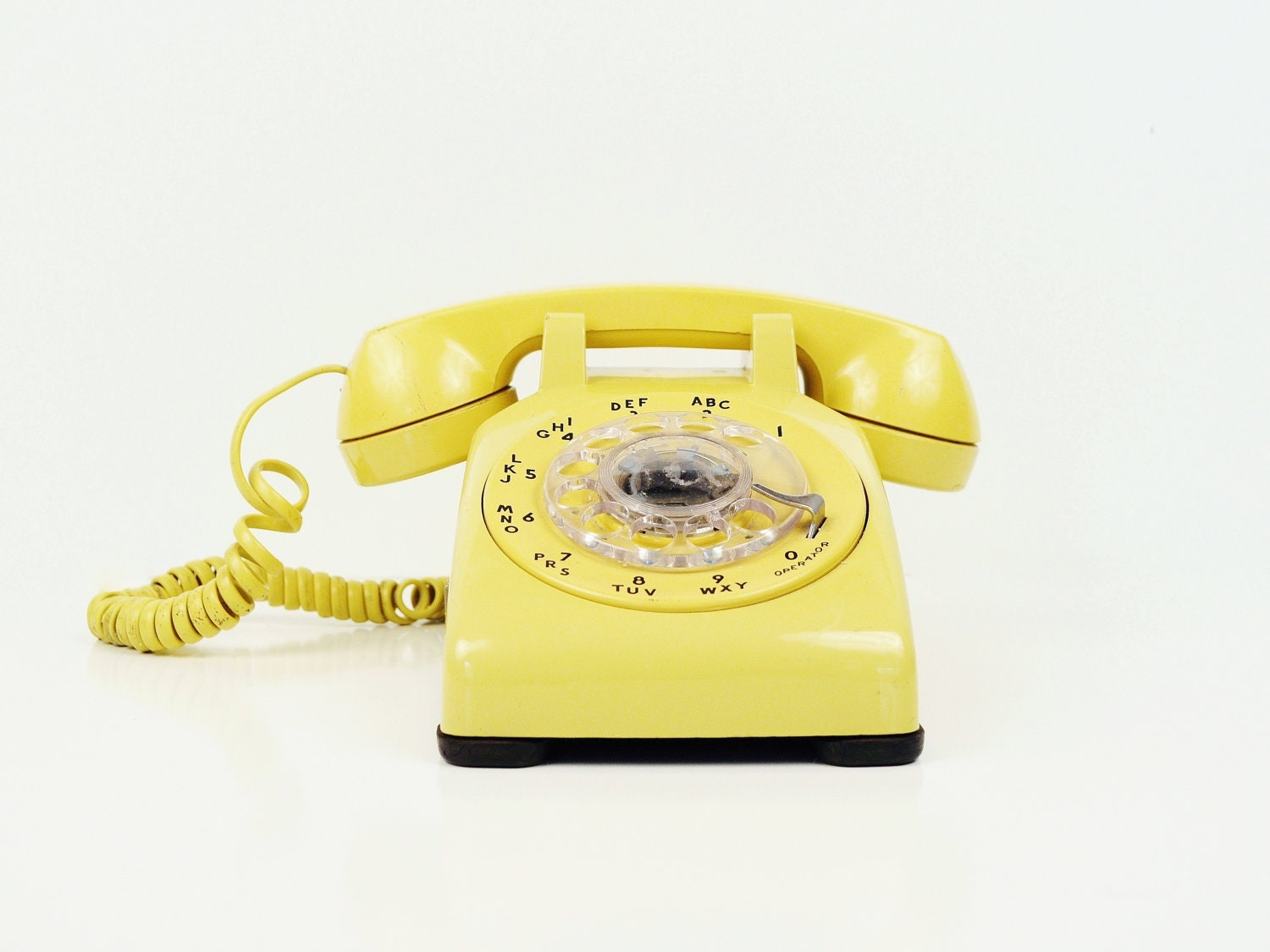 Canary Yellow Rotary Telephone -  Bell Systems Phone - thewhitepepper