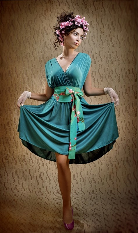 Lilybrush evening dress in cyan green inspired by ancient Rome - lilybrush