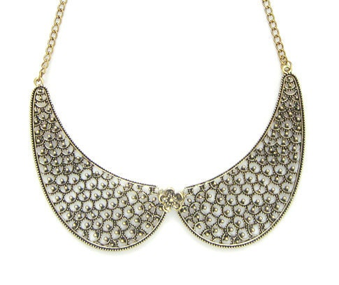 Lace Looking Bib Collar Necklace