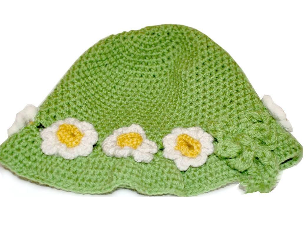 Ladies' hat with crochet flower, Women Winter Crochet Hat, Women Beanie, White, Hat with flower, Green Chunky beret