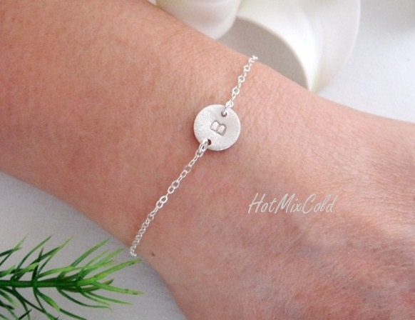 Customize Initial Bracelet, Monogram bracelet, Disc Charm ADJUSTABLE Silver Bracelet, Bridesmaids Bracelet, Sister, Mothers Jewelry