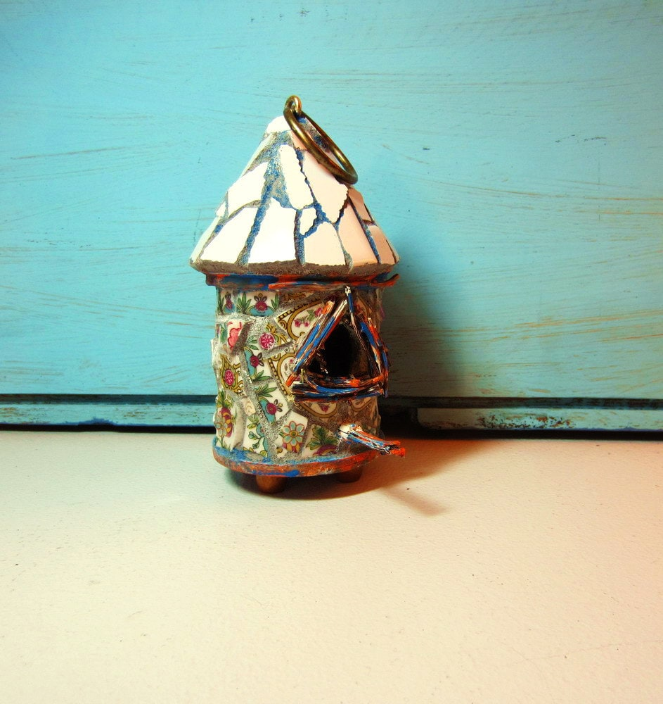 Small Mosaic Birdhouse Decorative - ReclaimedDesigns