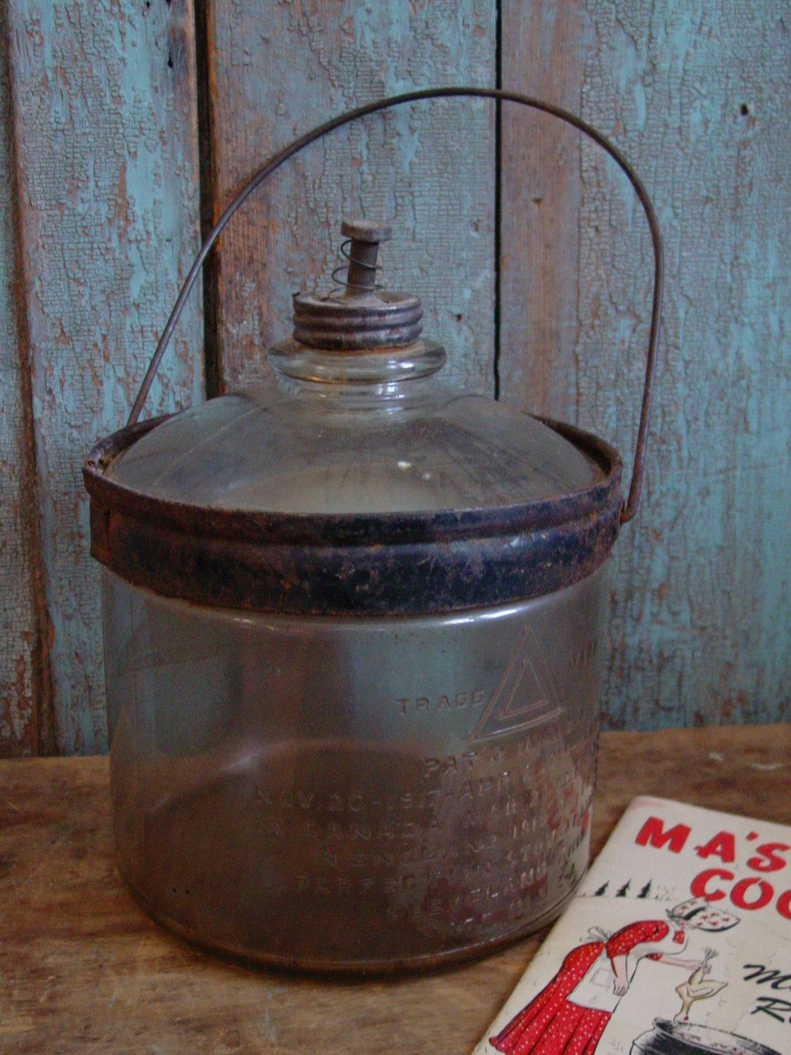 Kerosene cook stove - Instappraisal | Free Antique, Collectible