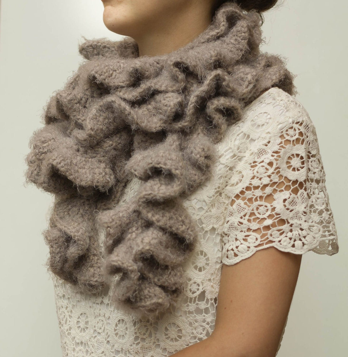PDF CROCHET PATTERN Scarf Stormy Chocolate  ruffled beige neck warmer Neck Scarves Crochet Patterns