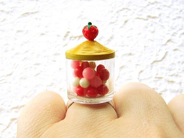 Клубника кольцо продовольственной Candy В Jar