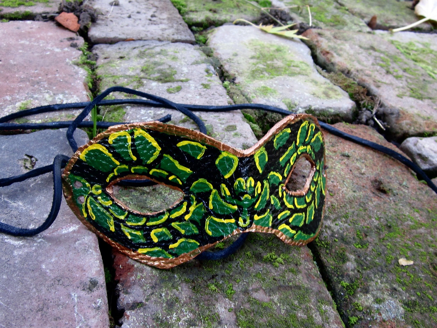 Snake Mask Images - Reverse Search