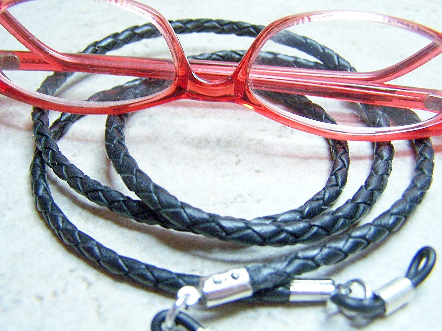 Eyeglass Chain | Glasses holder - High Quality Leather Eyeglass