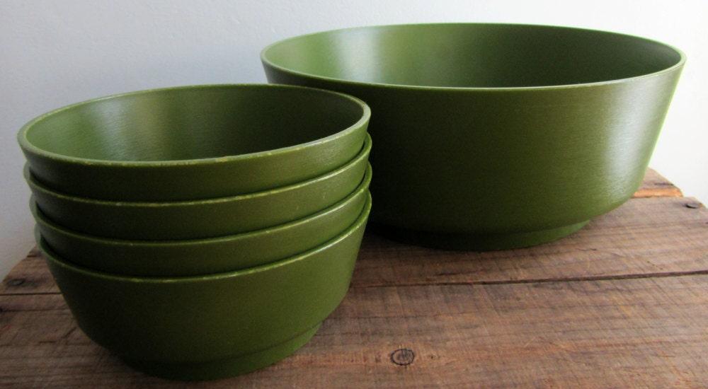 Vintage Olive Green Salad Bowl Set, 1 Large Salad Bowl, 4 Serving Bowls