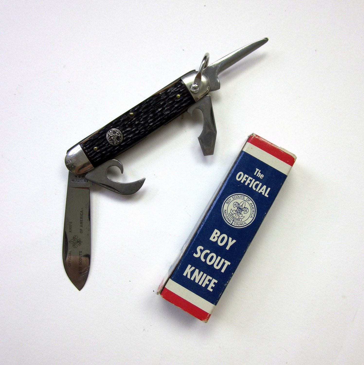The Official Boy Scout Knife in Box with Instructions 50s / Ulster 4 Blade Model 1996 / Excellent Condition - OopseeDaisies