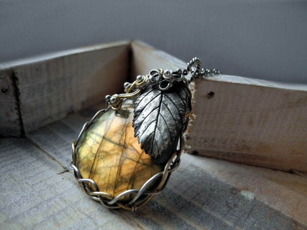 Labradorite Silver Golden Necklace - Handmade Silver Leaf Golden Labradorite  Wire Wrapped Pagan Fantasy - Luxury Statement Necklace - NurrgulaJewellery
