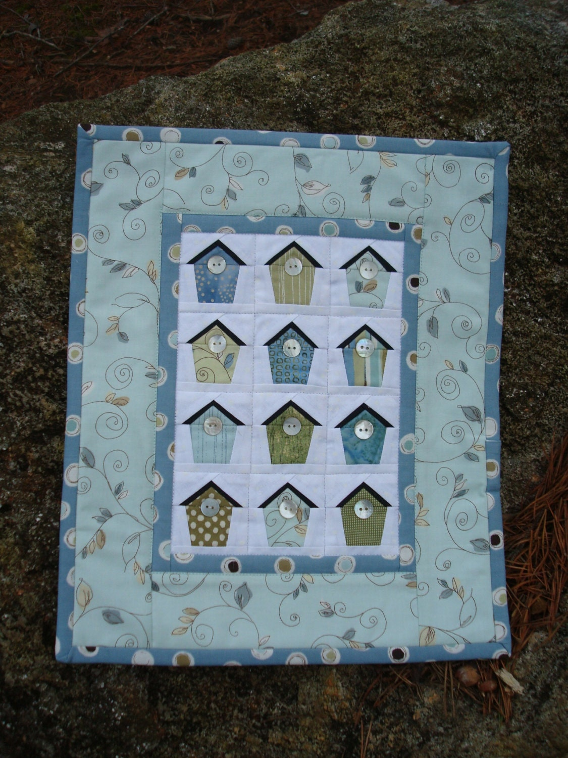 Blue and Green Birdhouse Wallhanging - Jackiesewingstudio
