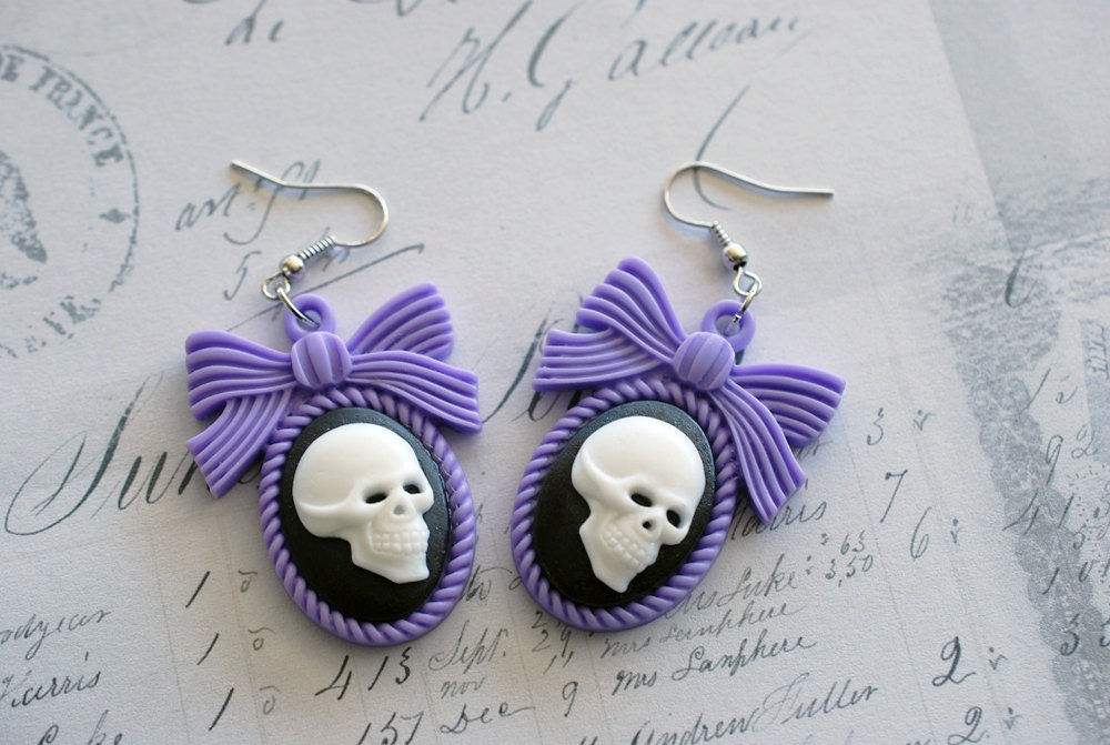 Skull cameo earrings - with a pastel purple bow setting - gothic jewelry - resin