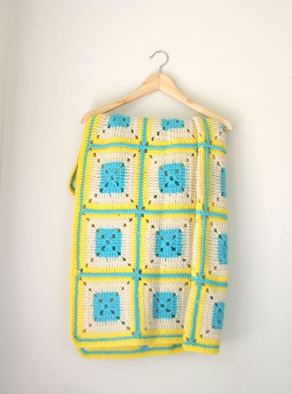 VTG yellow and turquoise afghan - fuzzymama