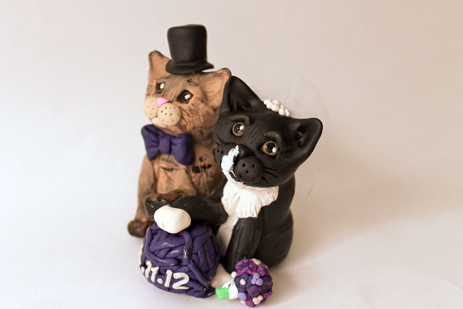 Custom Wedding Cake Topper with Bride and Groom Cats - Personalized Pet Portrait