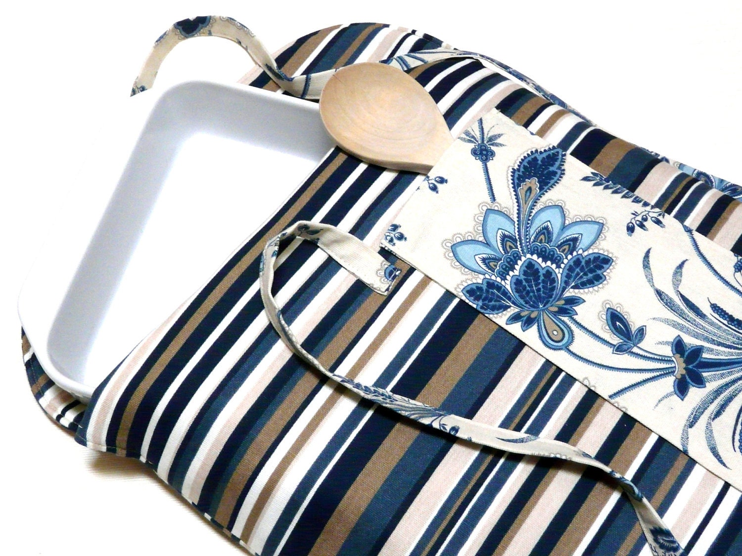 Casserole Carrier Insulated Blue Khaki with Floral