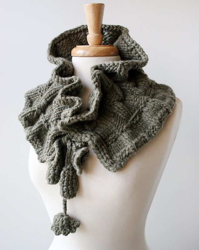 Winter Scarf - Fiber Art Scarf - Luxurious Organic Merino Wool Knit Scarflette - Winter Women Fashion - ElenaRosenberg