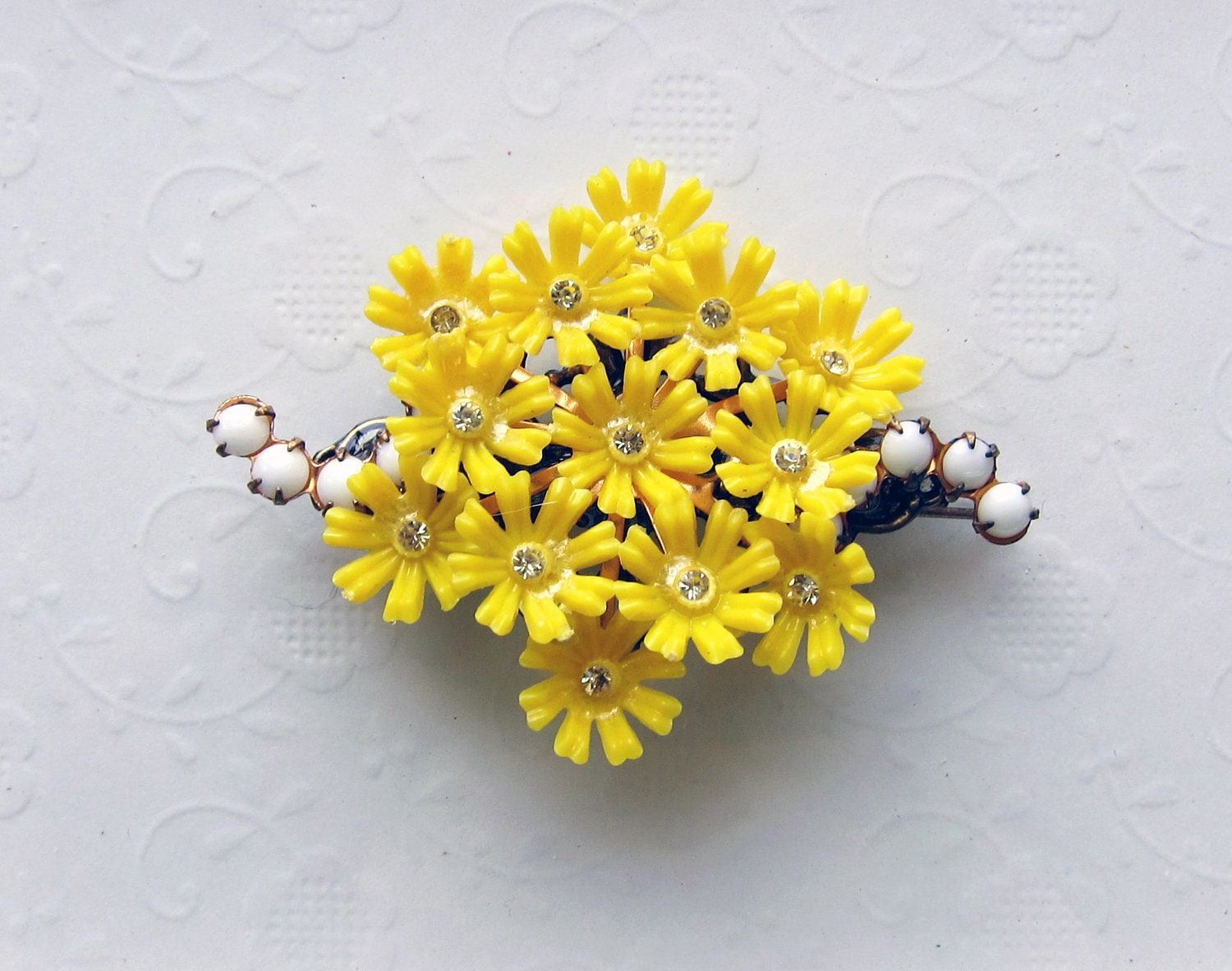 Bright Sunny Yellow Vintage Plastic Flower Rhinestone Cluster Collage Hair Barrette,  Vintage Yellow Flower Hair Accessories - CheshireCatJewelry