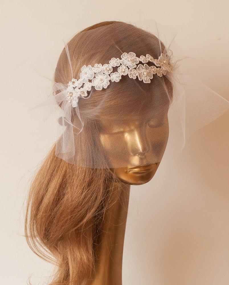 Lace BIRDCAGE VEIL, Vintage Style Birdcage Veil. Bridal FASCINATOR.