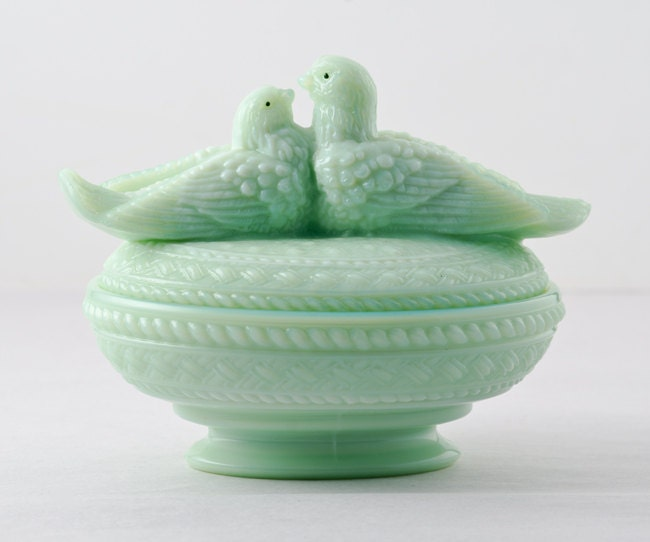 Westmoreland Lovebirds Covered Dish in Jadeite, Rare - TheRealmCollectibles